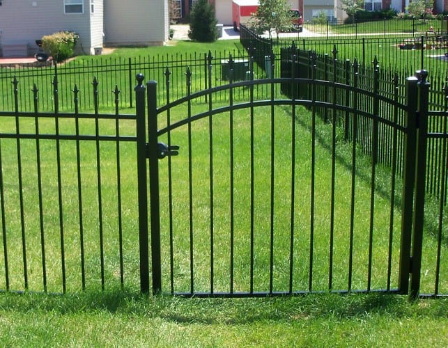 aluminum-fence-031-103-PedestrianWalk-Pool-Gate-3-Rail-Small